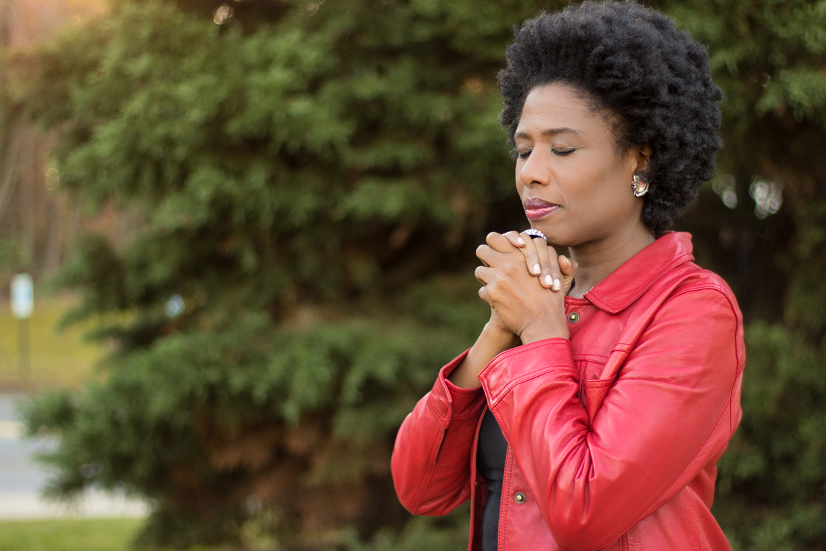 8 Things to Pray When the World is in a Health Crisis